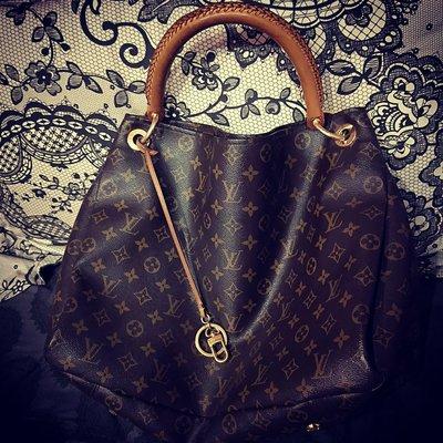 Louis Vuitton LV Monogram Artsy MM 單肩背包