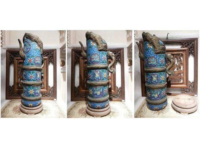 北京 景泰藍 又稱銅胎掐絲琺瑯 -西藏/ 清代宮廷/ 清宮珍藏的 多穆壺 多木壺 灑藍釉多穆壺 /铜