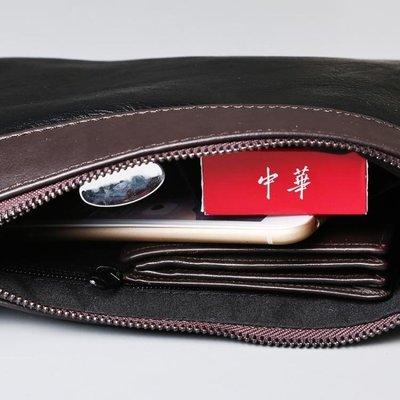 現貨/商務新款男士手拿包 休閒潮流撞色手腕包 夏季便攜帶手機包183SP5RL/ 最低促銷價