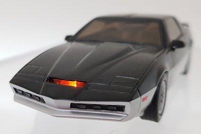 絕版霹靂遊俠李麥克夥計knight rider霹靂車KARR1:43 1/43金屬仿真模型