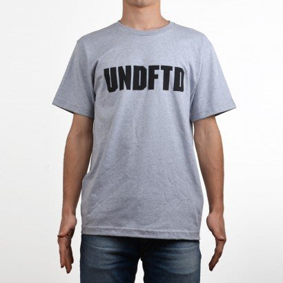 ☆AirRoom☆【現貨】UNDEFEATED Block Tee LGGO 短T 黑 灰 5900569