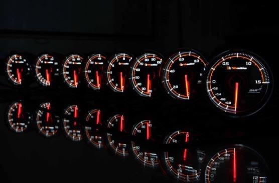 DJD19052344 SHADOW 賽車錶三環錶 PRO3 - 燃壓錶 60mm 透明黑底錶面  歡迎洽詢