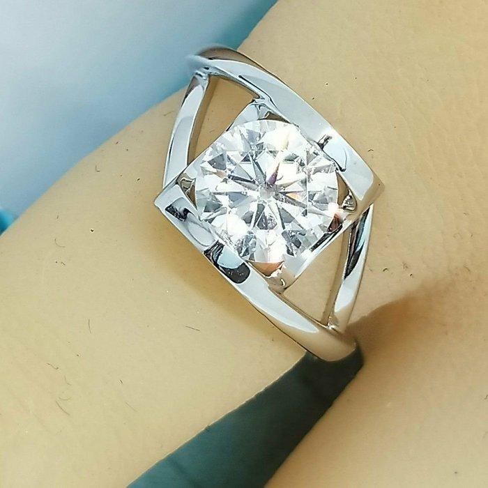 1.5克拉國產莫桑鑽真金18k金戒檯鑲D色超白鑽石戒指保證通過測鑽筆天使之吻求婚 結婚 情人節禮物 摩星鑽 莫桑鑽寶訂製