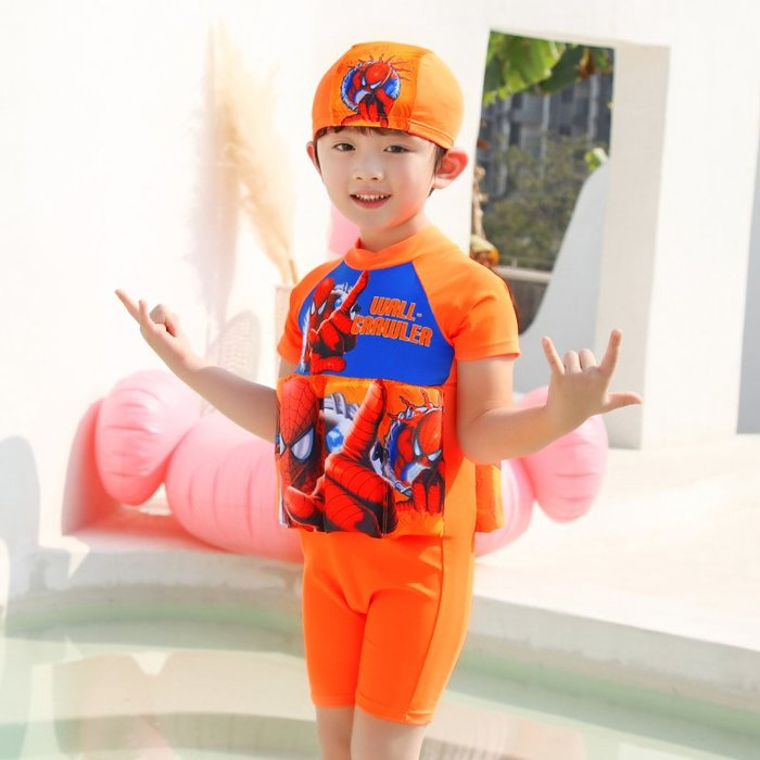 •*~ 辣媽咪衣飾小舖 ~*•❤泳裝系列 📣C550802可愛卡通兒童浮力泳衣(附泳帽)---蜘蛛俠