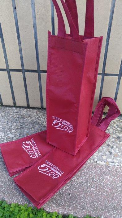 酒袋 無紡不織布袋紅單大 11.4元,滿1000免運 牛皮紙袋 紙袋 環保袋 15*35*14 cm每包25個285元