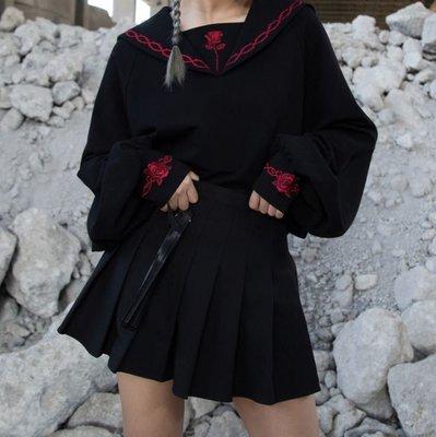 【黑店】原創設計 復古刺繡玫瑰水手服上衣 短版水手服上衣 暗黑系玫瑰刺繡寬鬆上衣 訂製款刺繡水手服 BL118