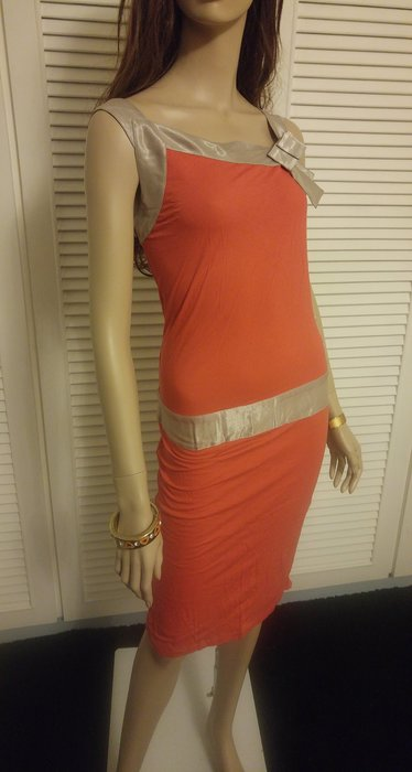 stella mccartney 秀款 橘×米銀色洋裝