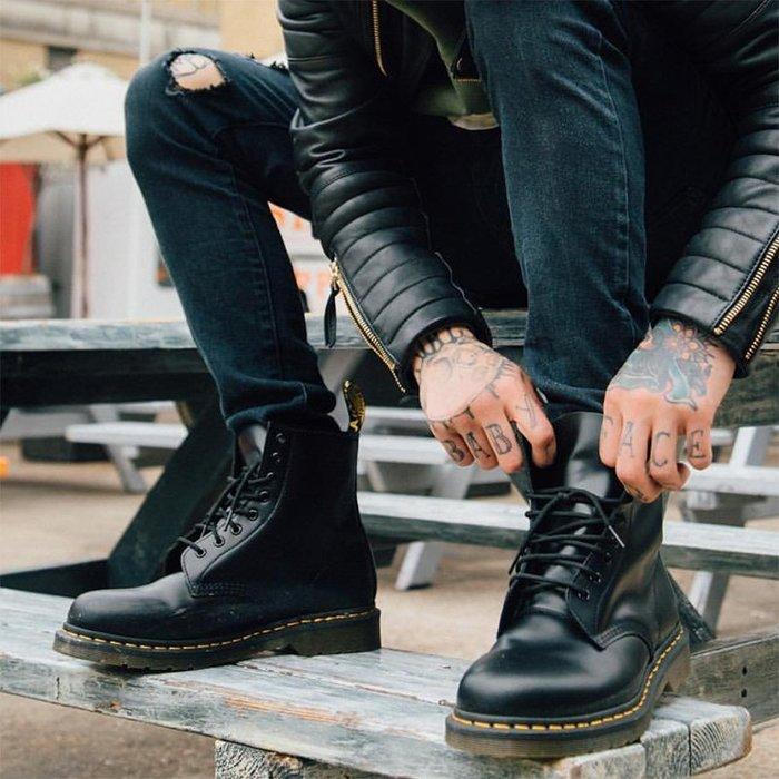 NYCT 韓國熱賣限定原創 高品質 歐美韓星百搭時尚必備歐美英倫風復古固特異黑色1460馬丁工裝靴男女情侶高幫真皮機車鞋