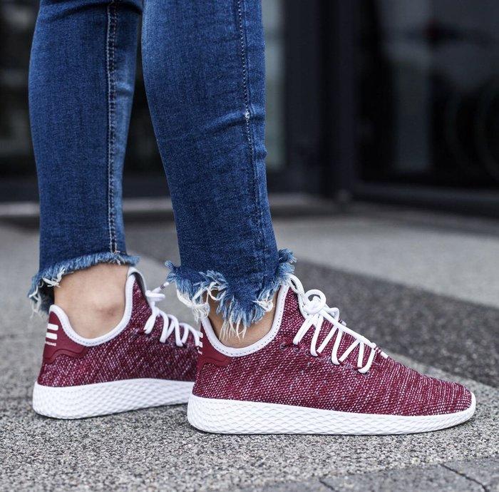 【Cheers】 Pharrell x Adidas Tennis Hu CQ2299 菲董 酒紅 紅白 編織 女鞋