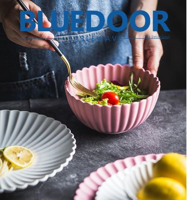 BlueD_ 花瓣碗 陶瓷 盤子 5.5吋 飯碗 碗 沙拉碗 碗盤系列 花瓣盤 北歐風 創意裝潢 公主風 設計 IG款