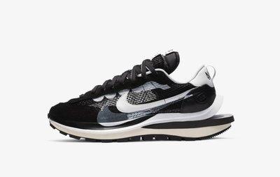 Nike x sacai Vaporwaffle Black and White CV1363-001。太陽選物社