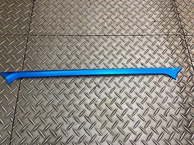 2020 corolla cross 尾飾條 藍