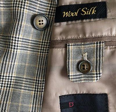 【D'URBAN】黑標 WOOL & SILK 格紋單排兩三牛角釦西裝上衣