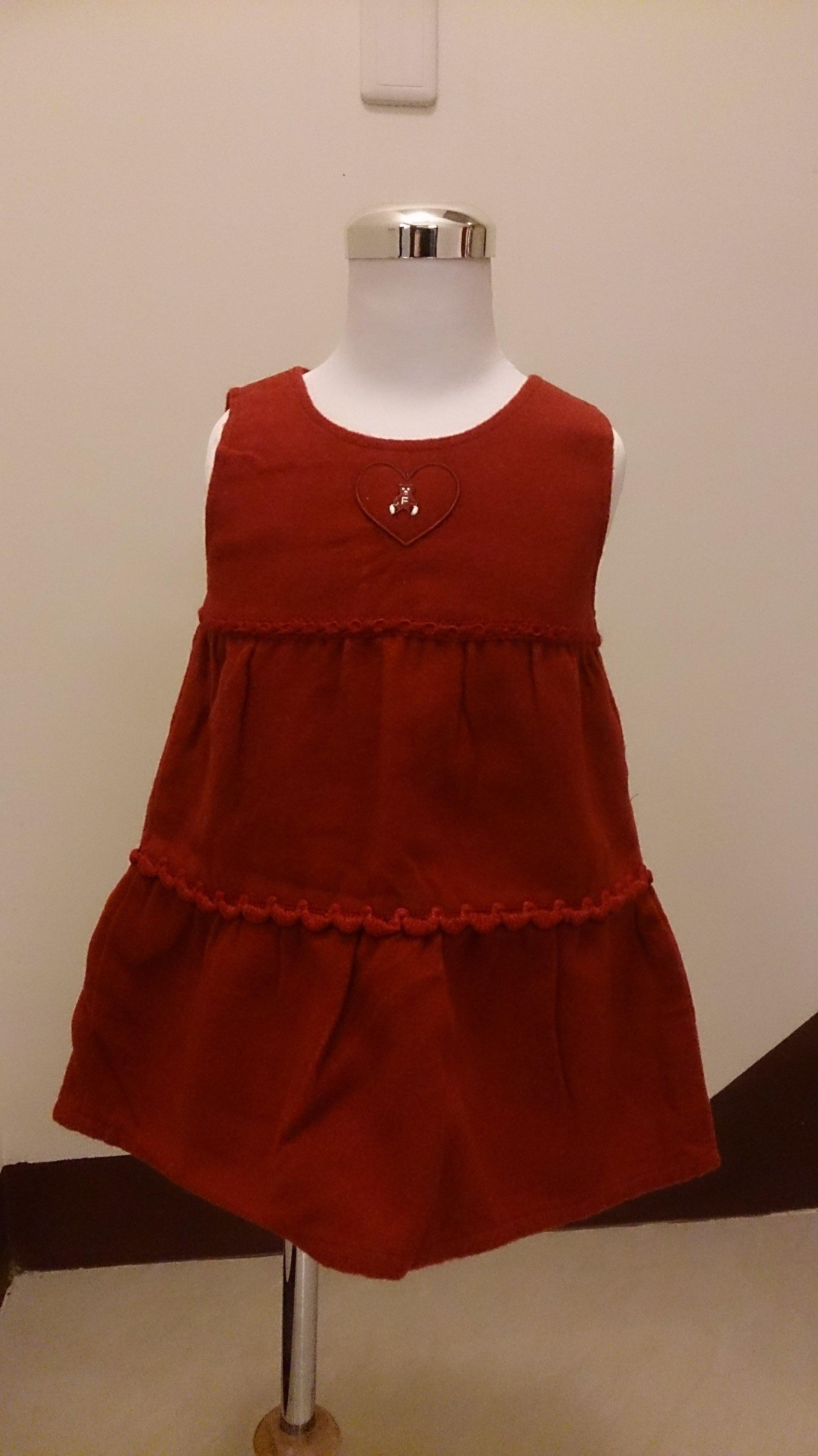 麗嬰房familiar毛料洋裝