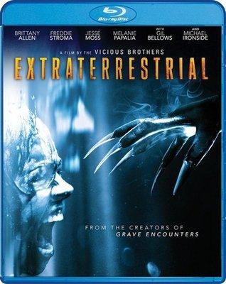 【藍光電影】外星人 (2014) Extraterrestrial 影片講述一群在林中小屋度假的遊客遇到外星人拜訪而引發的故 66-046