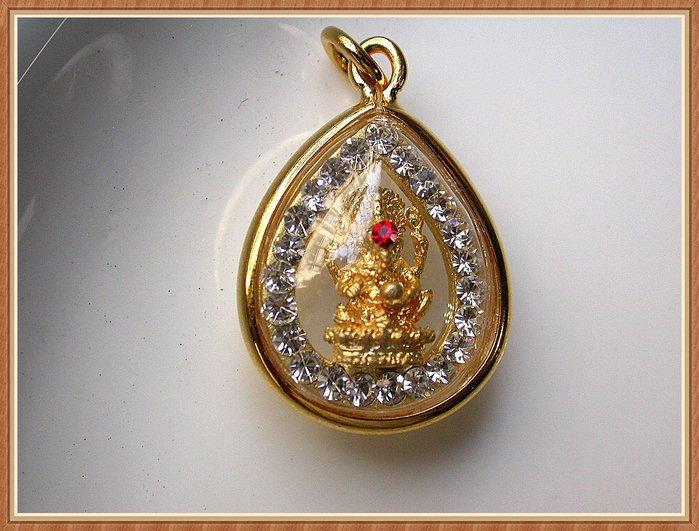 【雅之賞|藏傳|佛教文物】*特賣* 泰國佛牌真品 鑲鑽 象鼻財神~Q663