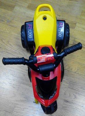 二手R1200GS兒童電動車/電動三輪車/寶寶電瓶車/小朋友玩具車,12個月~3歳的男女孩皆適用,歡迎下標。