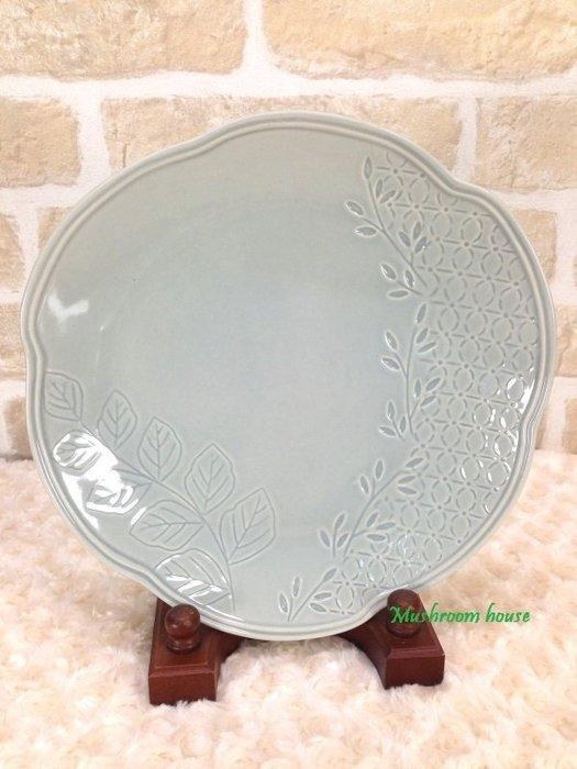 點點蘑菇屋 義大利WALD經典立體雕花大地色系列手繪高溫陶瓷27公分(天空灰色)點心盤 水果盤 晚餐盤 盤子 現貨