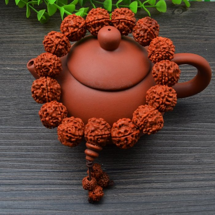 奇奇店-尼泊爾大小金剛菩提子佛珠手串五六瓣紅皮肉紋男女士手鏈#佛教開光 #祈求平安 #好運來