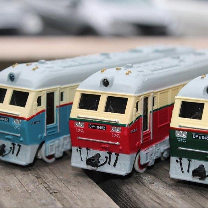 火車頭模型合金仿真蒸汽內燃機車綠皮火車合金汽車模型玩具回力車