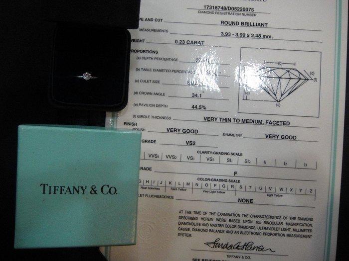 """*~Amy精品~*林(真品)2手 》【Tiffany&Co】經典款23分美鑽""""附保卡(本月特價)"""