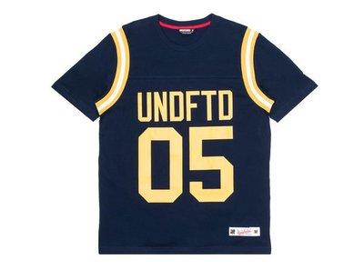 ☆AirRoom☆【現貨】UNDEFEATED GRIDIRON SHIRT TOP TEE 橄欖球 球衣 深藍 M