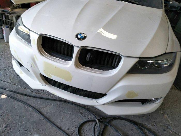 DJD19071364 BMW E90 全車板烤整新服務 依現場/版本報價為準