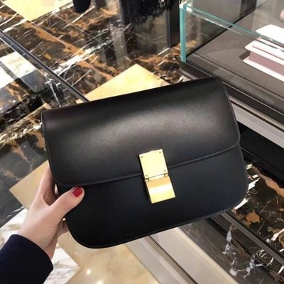 [J&Y精品代購]  celine box 中尺寸 黑色小牛皮金釦肩背包