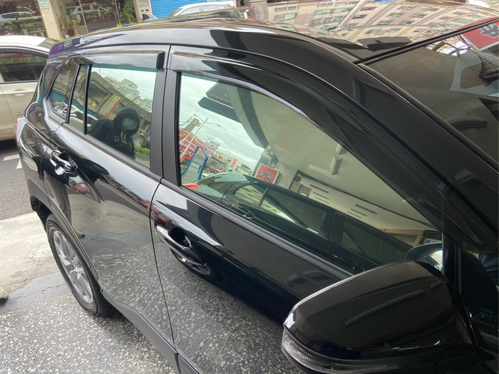 2020 COROLLA CROSS 晴雨窗 4片 台製