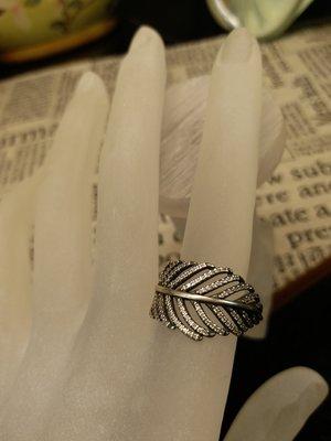 純銀鑲鑽戒指  設計師款 戒圍13.5號 手工細緻