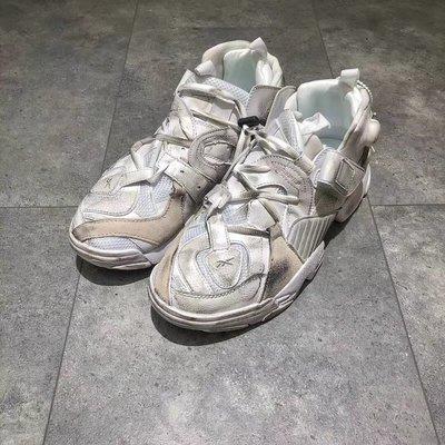 Vetements X Reebok Generally Modified Pump Sneakers 復古充氣慢跑鞋