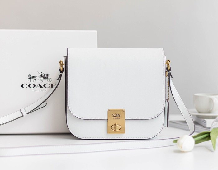 【小黛西歐美代購】COACH 2080-610 2020新款 全皮馬鞍包 白色豆腐包 斜跨包 美國代購