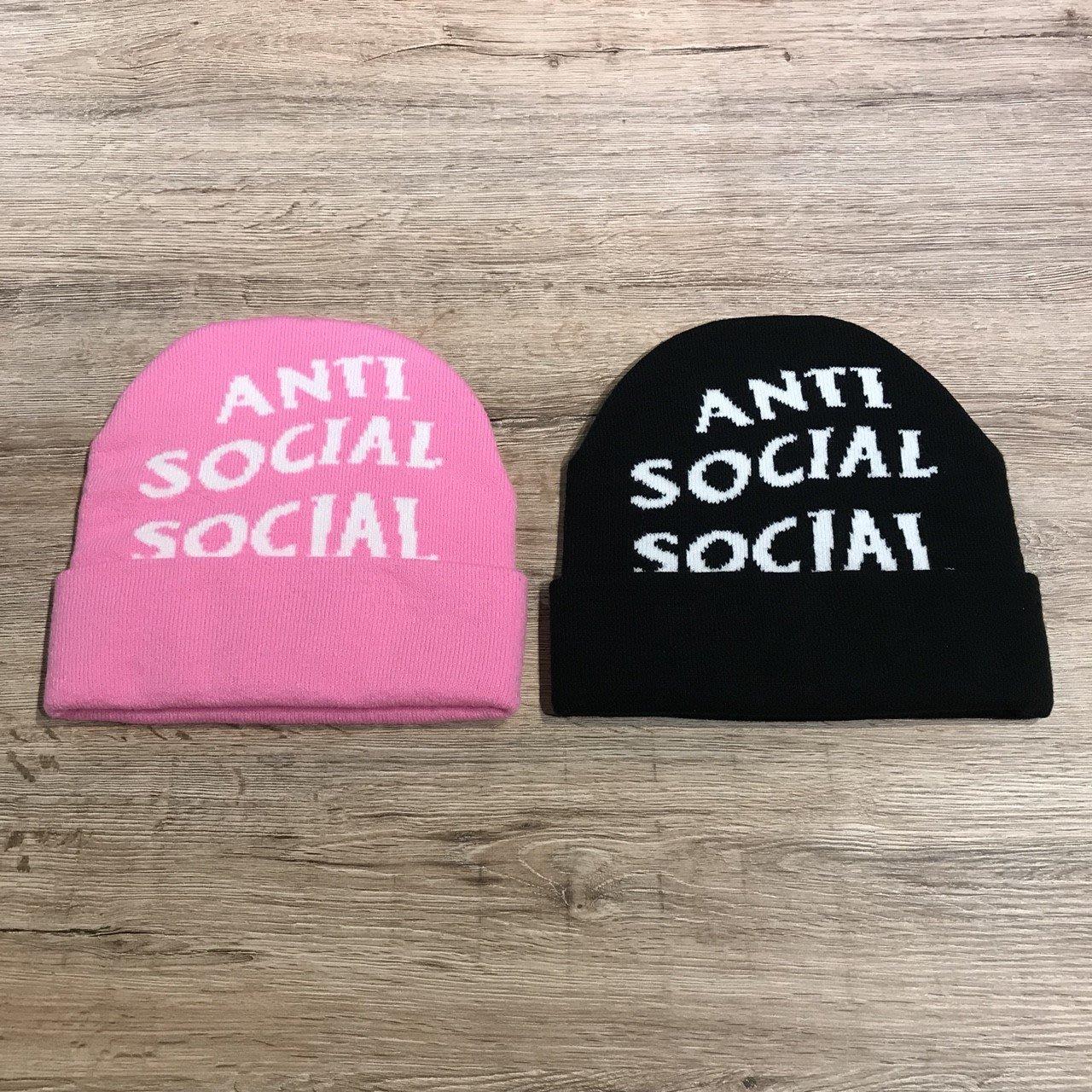 1fd353e782e29  MASS Anti Social Social Club Beanie 毛帽