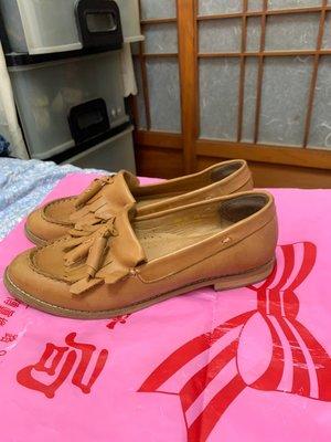 「 二手鞋 」 SHOES PARTY 皮革休閒鞋 39號(卡其)45