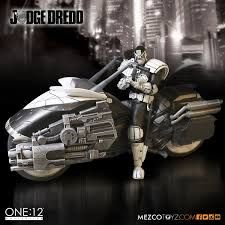Mezco One:12 Judge Dredd Lawmaster SDCC Exclusive Black and White. BRAND NEW.