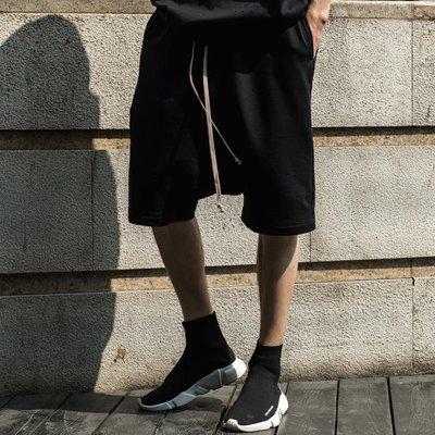 Kako正韓潮流男裝潮物Woo EGTB 20SS RO風針織暗黑垮褲吊襠休閒短褲情侶五分褲