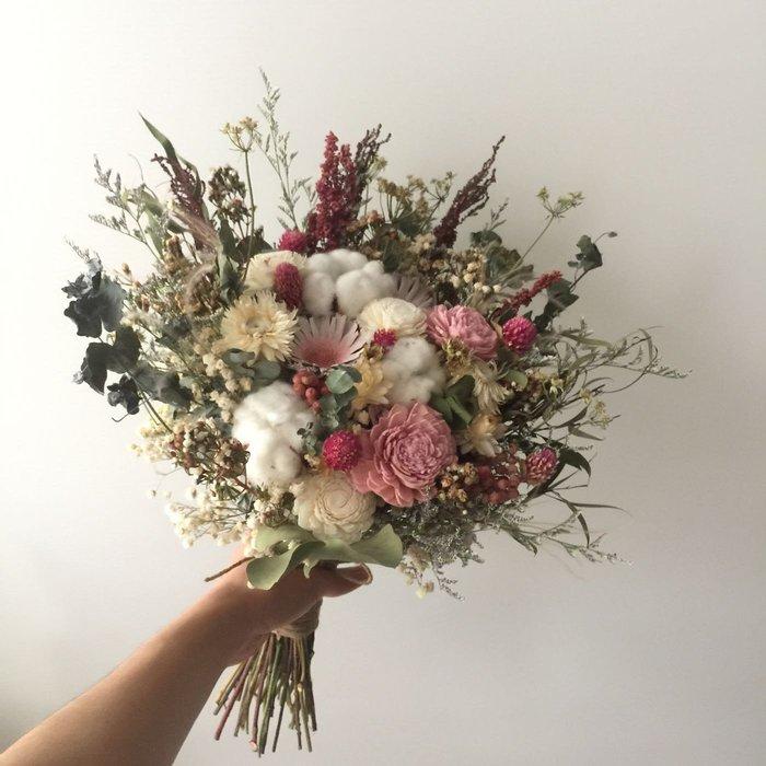 D95。紅粉色系乾燥捧花。台北歡迎自取。西門【Flower&House花藝之家】