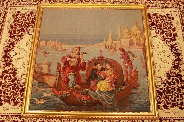 【家與收藏】特價稀有珍藏歐洲古董義大利優雅浪漫愛情威尼斯Gondola風景巨幅刺繡畫/掛毯壁飾
