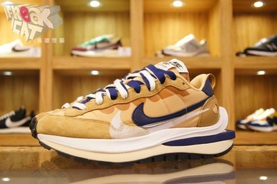 FREAK CAT 高雄怪貓 Sacai x Nike Vaporwaffle 卡其 奶茶色 DD1875-200