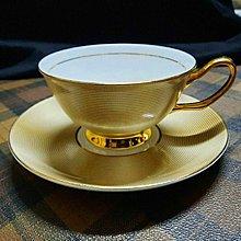 【藏家釋出】早期收藏 ◎ 骨瓷《高級骨瓷咖啡杯與盤子.◎ 全新品,是藏家朋友幾年前開店的庫存新品......