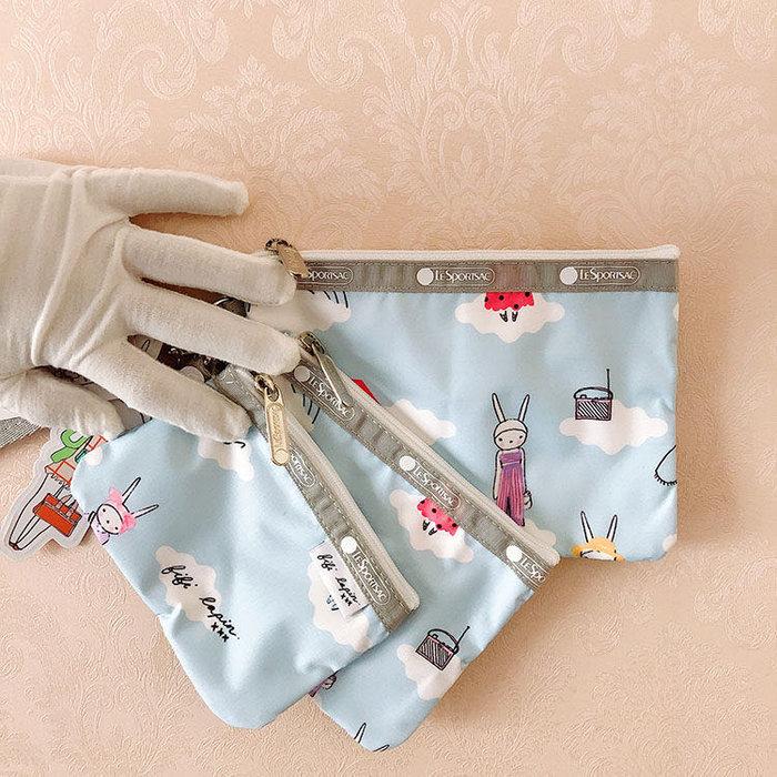 Lesportsac Fifi Lapin 藍色時尚兔 降落傘防水 3455 三件組 附掛繩 拉鍊化妝包收納包 卡片 零錢 鑰匙 推薦 限量回饋