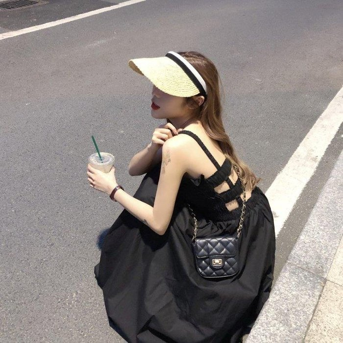 ZIHOPE 女生裙裝款式多經典潮流新款春夏韓版中長款過膝連衣裙女法國小眾很仙的吊帶A字裙子長裙ZI812