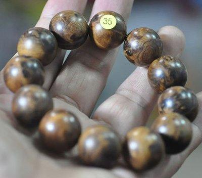 宋家苦茶油shawnanall.35號.台灣三峽黑格肖楠木所製20mm12顆手珠.香噴噴.沉水黑格重油.