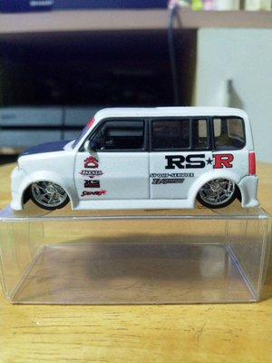 TOYOTA XB BB 1:64 RS R珍珠白 合金車