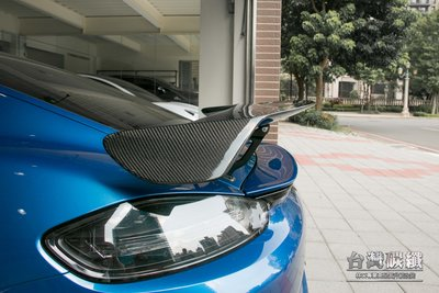 TWL台灣碳纖 PORSCHE 保時捷 718 Cayman GTS  改 碳纖維 卡夢 GT4 大尾翼 穩固不怕噴飛
