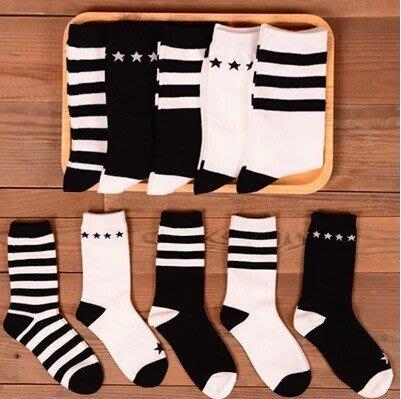 【Q比花園】C韓系街頭學院原宿三條紋星星黑白純棉中筒襪 情侶款