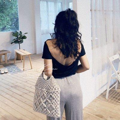Sisterxoxo KOREA 正韓 歐美風慵懶寬鬆 度假 黑色 白色 設計感露背T恤 性感簡約 柔軟親膚透氣莫代爾T