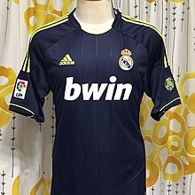 皇家馬德里 Real Madrid 12-13 Away size L BNWT
