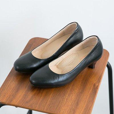 上班鞋 超寬楦 足弓設計紓壓中跟鞋 台灣手工鞋 丹妮鞋屋