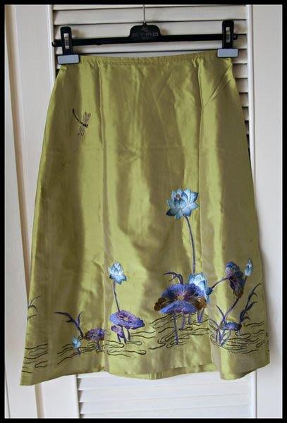 【Shiatzy Chen】夏姿芥末黃純絲刺繡荷花小圓裙(原價$35800)